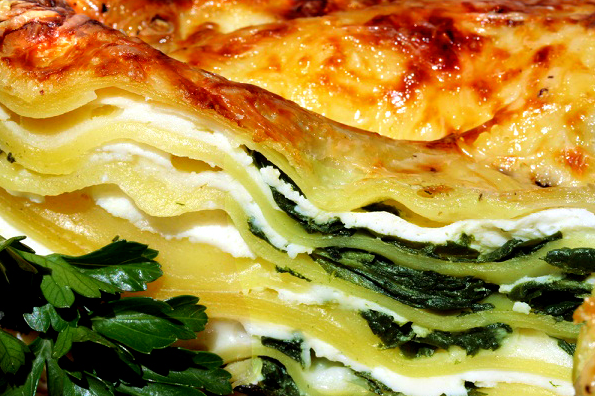 """Lasagna Spinach by Microwave"", Delicious Italian style"